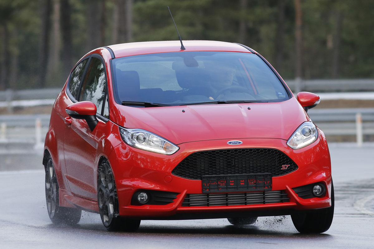 ford fiesta st driving fun forum. Black Bedroom Furniture Sets. Home Design Ideas